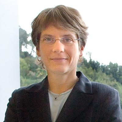 Carolyn R  Bertozzi, PhD   HHMI org